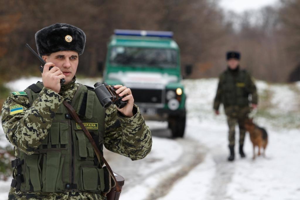 Чернігівські прикордонники затримали злочинця, якого шукав Інтерпол