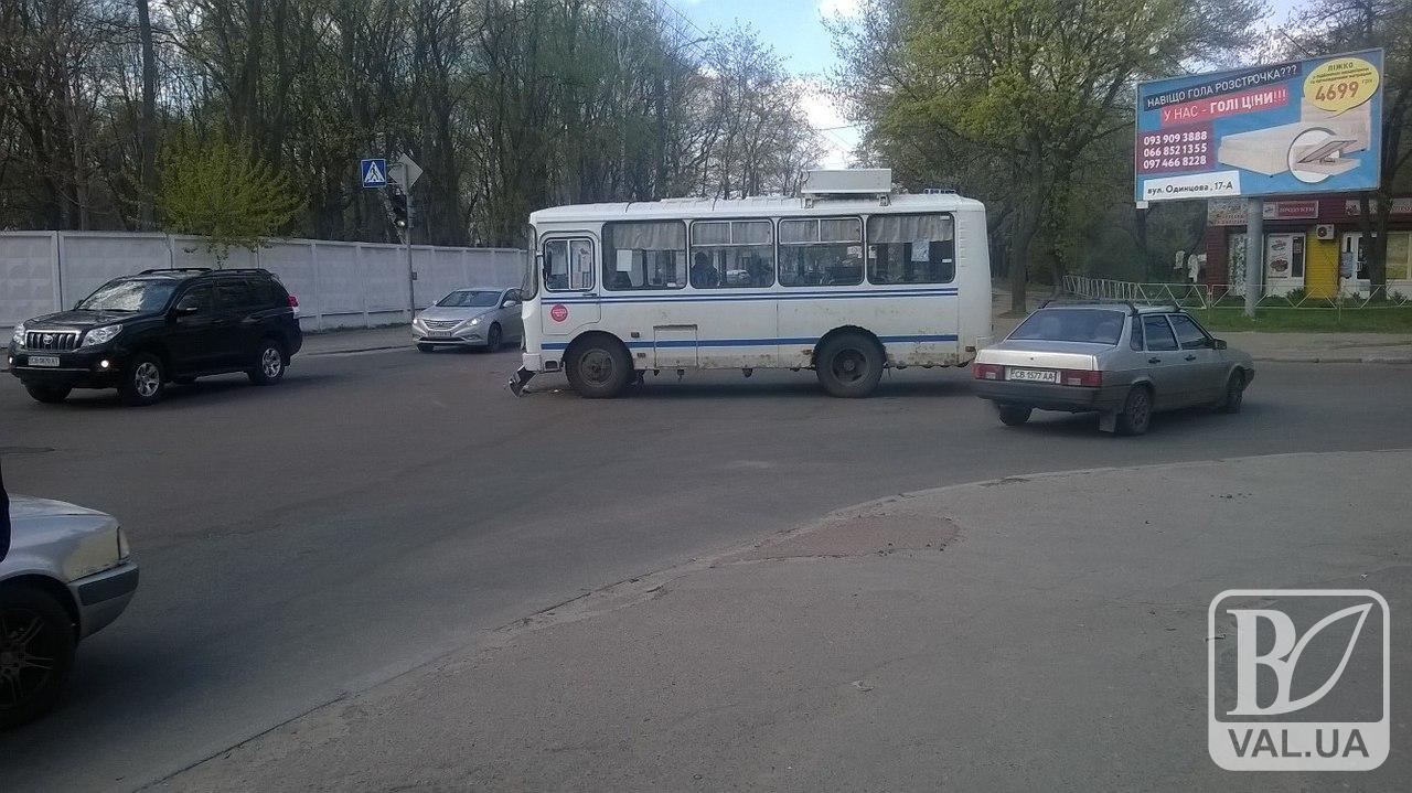 39-я маршрутка попала в ДТП. ФОТОфакт