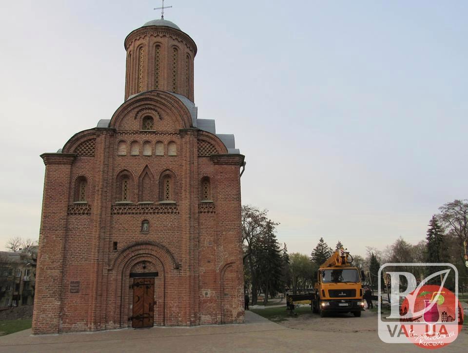 У Чернігові хочуть «підсвітити» П'ятницьку церкву. ФОТОфакт