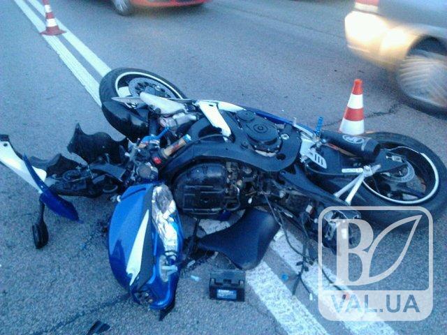 На Чернігівщині 28-річний мотоцикліст загинув, втаранившись у стовп