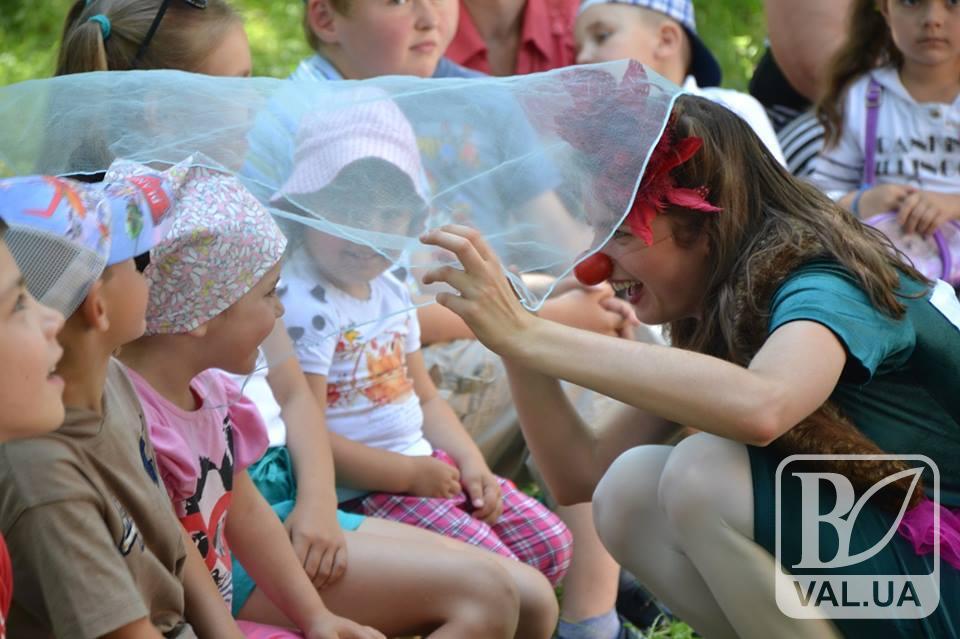 На Чернігівщині дітей лікують клоуни
