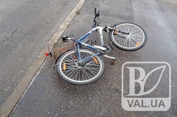 На Чернігівщині п'яний водій на смерть збив 80-річного велосипедиста