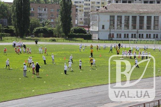 Стадіон «Юність» у Чернігові реконструюють до кінця наступного року