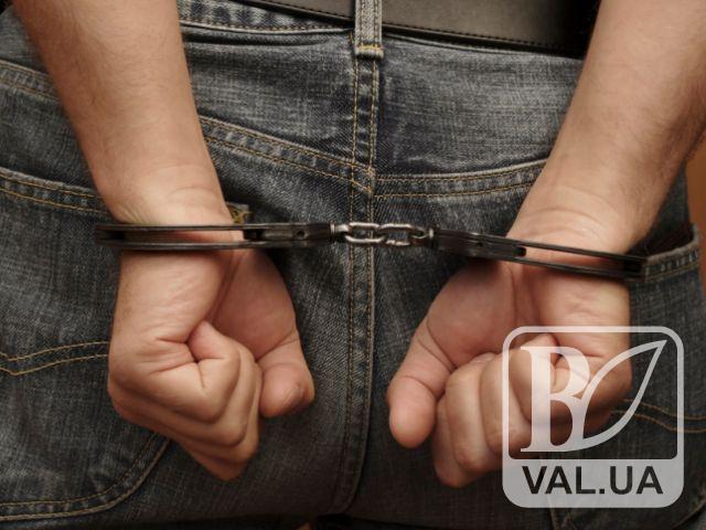 Поліція затримала серійного грабіжника, який влітку тероризував чернігівок