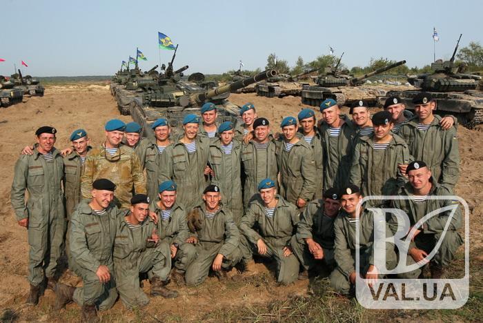 На Чернігівщині завершилися видовищні змагання на кращий танковий взвод Збройних Сил. ФОТО