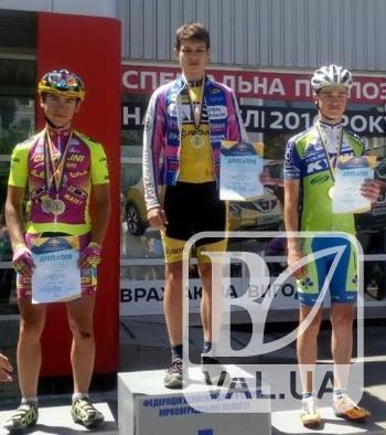 На чемпионате Украины по велоспорту юный черниговец завоевал три золотых медали