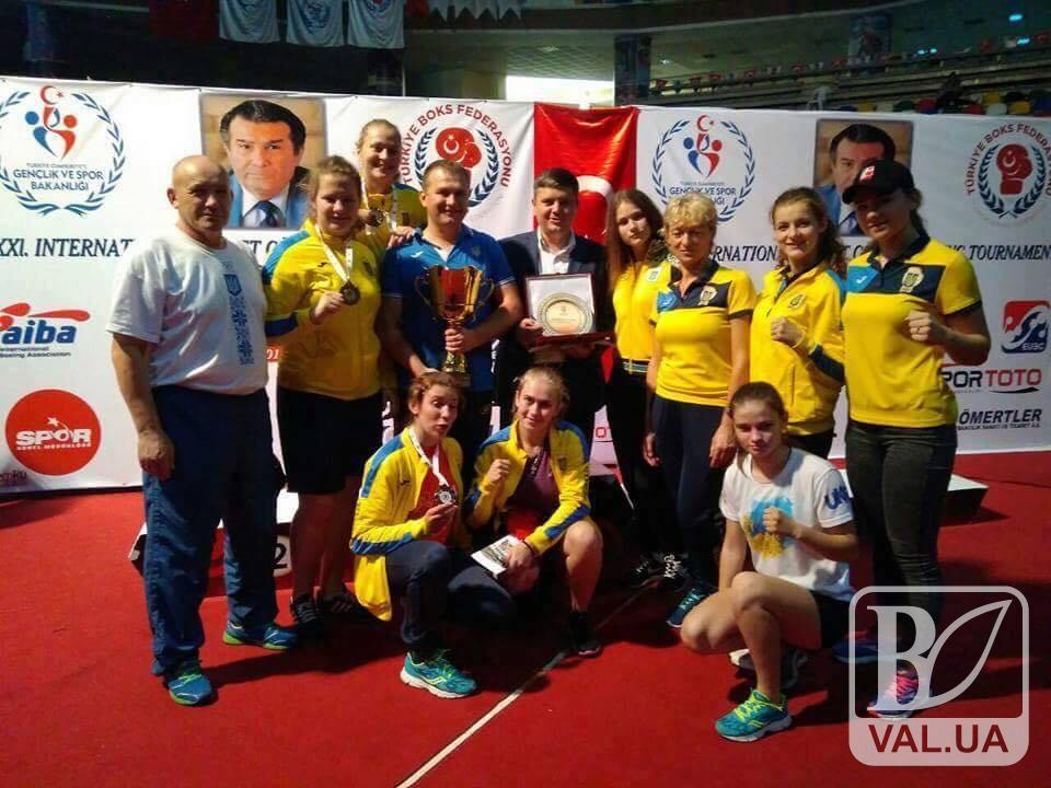 Боксерка з Чернігівщини виборола медаль на Міжнародному чемпіонаті