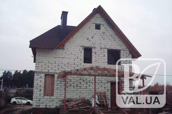 В Чернігові поліція затримала серійного «будинкового» крадія