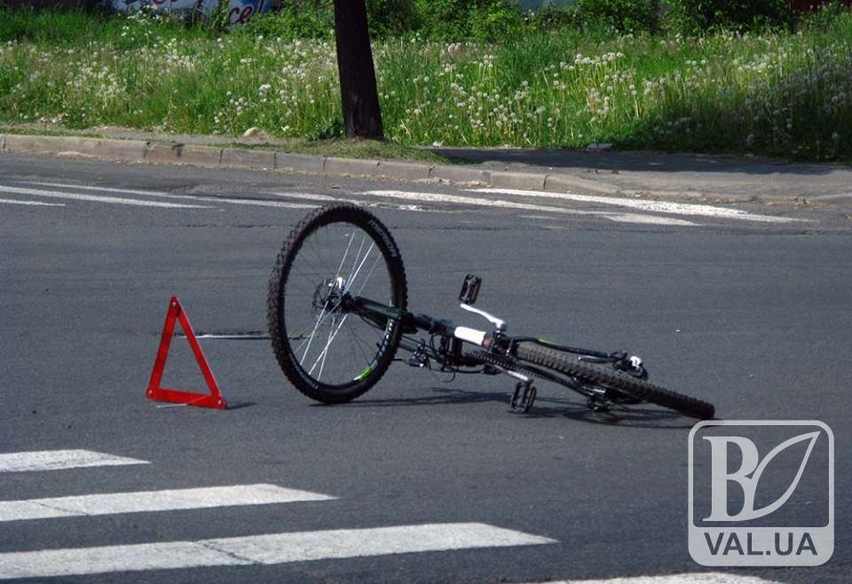 На Чернігівщині велосипедист потрапив під колеса авто