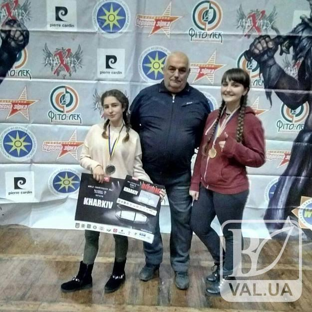 Юні спортсменки з Чернігівщини зайняли призові місця з панкратіону