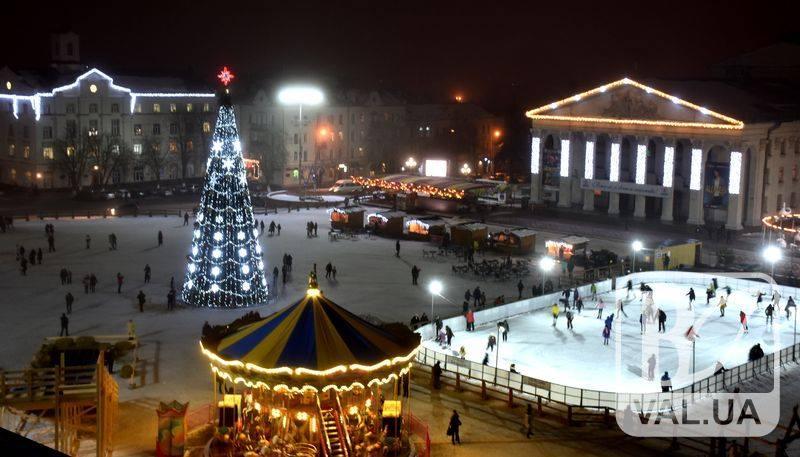 Новорічні свята у Чернігові розпочнуться у День святого Миколая