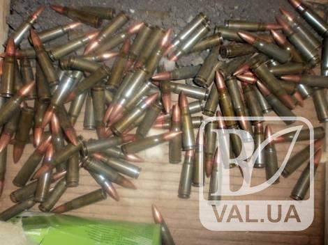 У жителя Мены изъяли более полуторы сотни патронов к автомату и пулемету