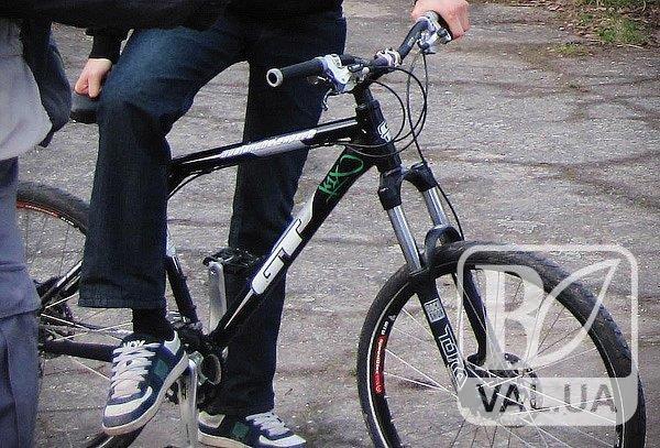 Побив і відібрав велосипед: на Чернігівщині впіймали розбійника