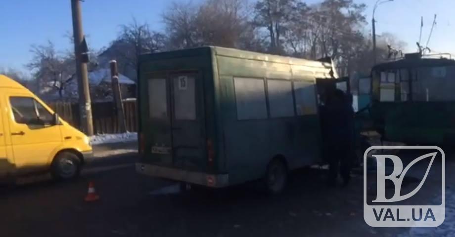 Постраждалі внаслідок ДТП маршрутки і тролейбуса у Чернігові отримають компенсацію. ВІДЕО