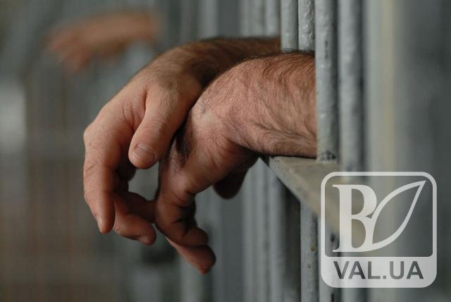 У Чернігові поліція затримала іноземця, який обкрадав та грабував містян