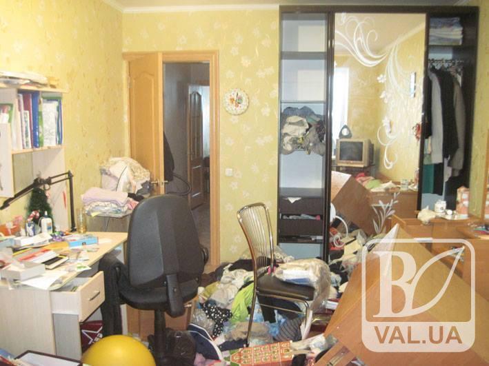 У Чернігові затримали міжрегіональну групу серійних квартирних злодіїв