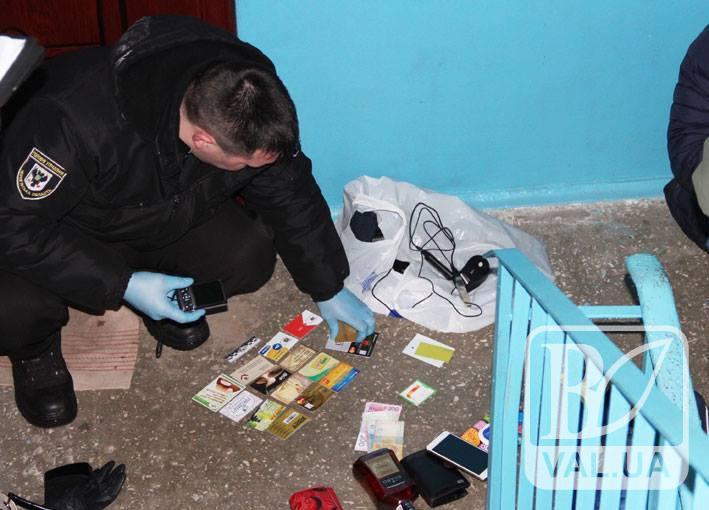 На Чернігівщині поліція затримала групу банківських хакерів