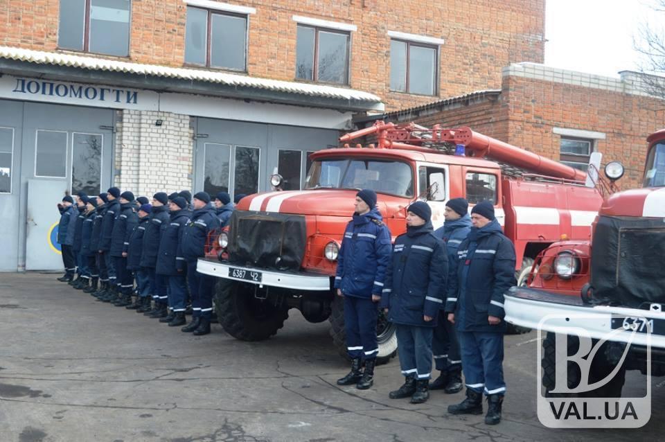 Рятувальники Чернігівщини отримали новеньку техніку. ФОТО