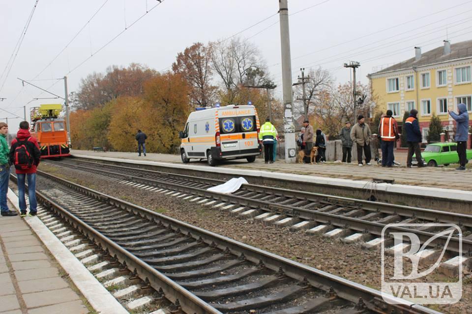 Біля Носівки потяг насмерть збив чоловіка