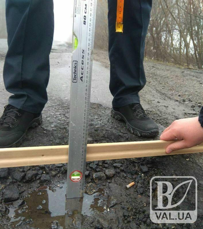 У Чернігові патрульні проводять інспекцію вулично-шляхової мережі