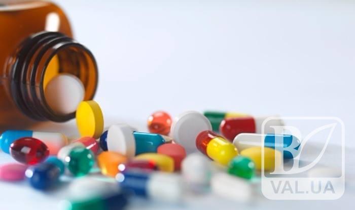 Сумнівні ліки: що купують українці замість пігулок