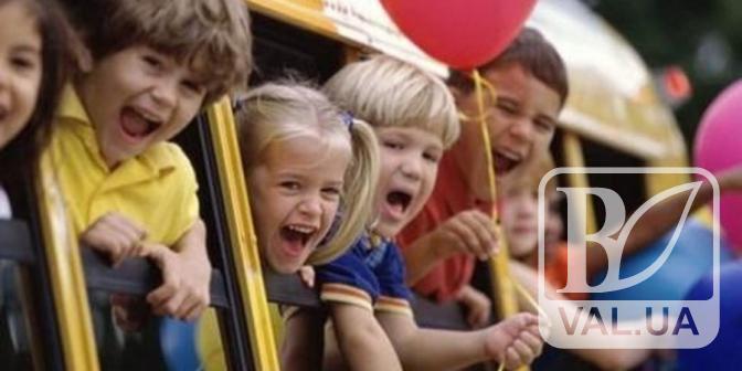 Чернігівські школярі їздитимуть у тролейбусах за 2 гривні незалежно від сезону