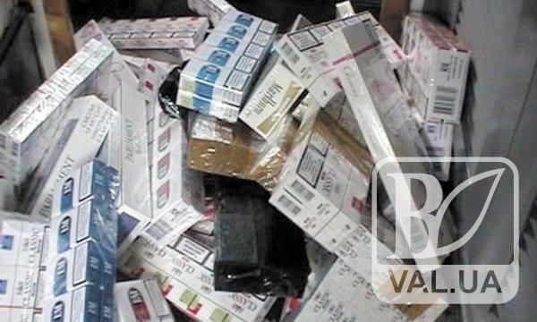 У Чернігові чоловік викрав 60 блоків цигарок