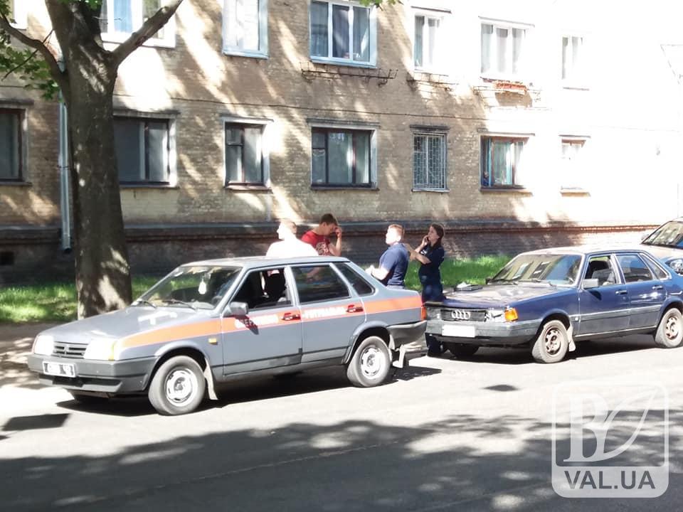 У Чернігові ДТП на Любецькій: є постраждалі. ФОТО