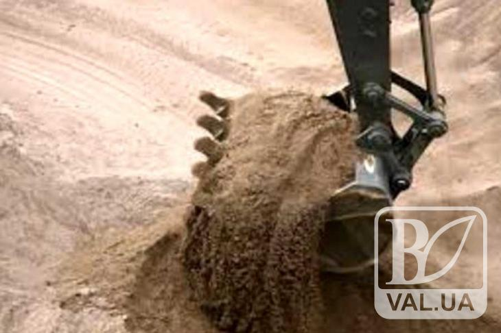 Житель Прилуччини незаконно накопав піску на суму понад 3 мільйони гривень