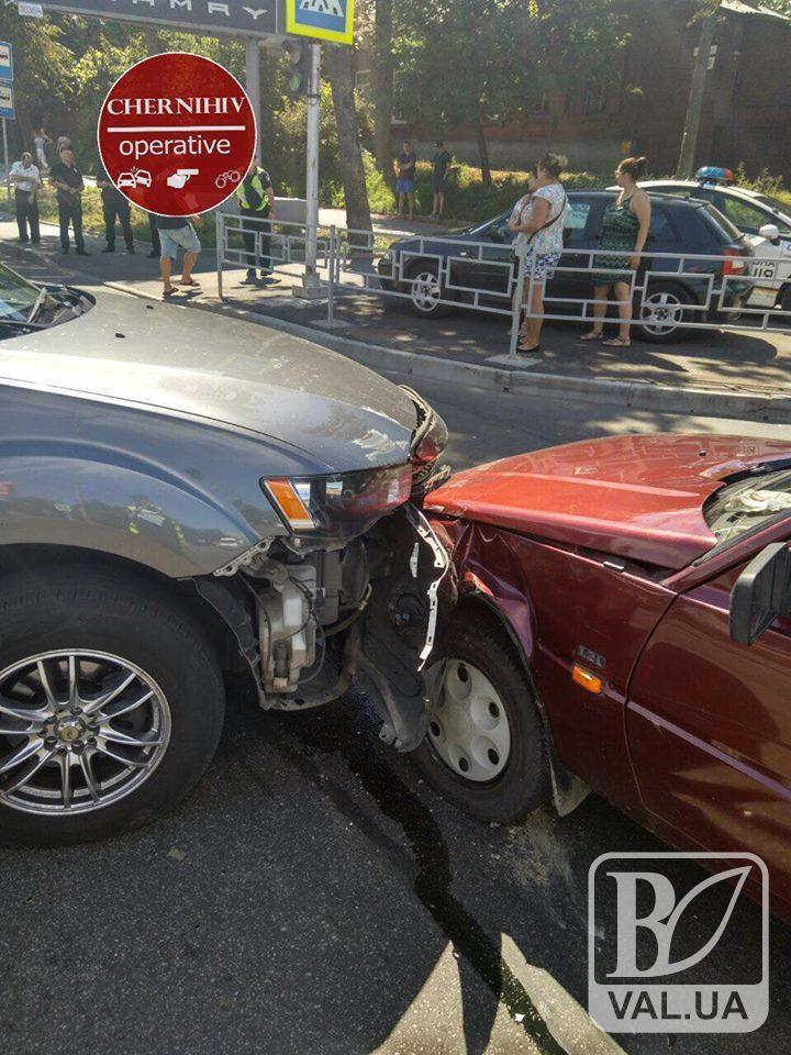 На Проспекті Миру аварія: є постраждалі. ФОТОфакт