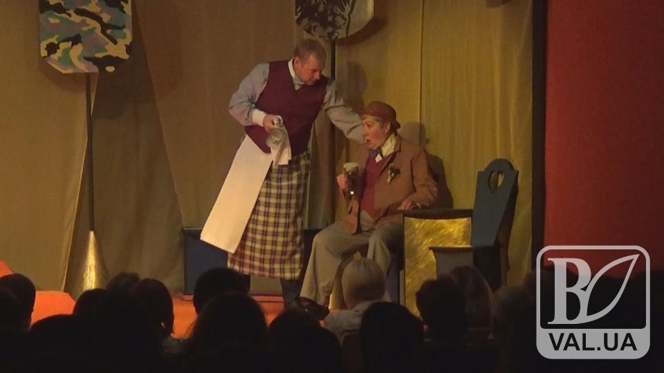 «Бравий вояка Швейк» на сцені Молодіжного театру: остання робота Геннадія Касьянова. ВІДЕО