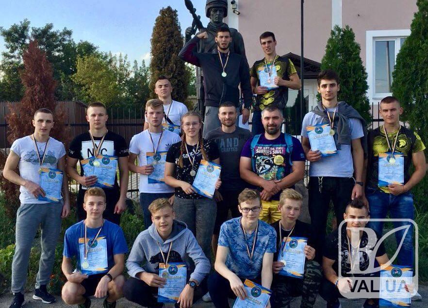 Чернігівські спортсмени успішно виступили на чемпіонаті з «Козацького бою»
