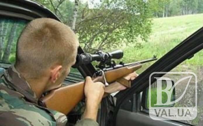 У справі браконьєрів, що вбили вагітних косуль на Чернігівщині, досі ведеться слідство
