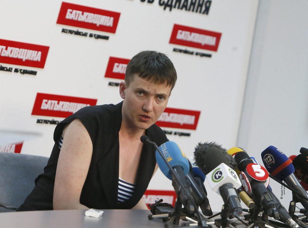 """""""Украинский народ заслуживает лучшей власти, чем сейчас"""", - Савченко призывает к досрочным парламентским выборам"""