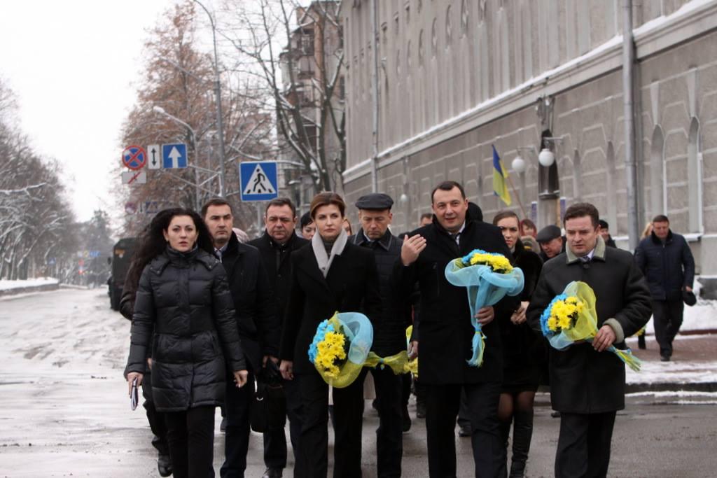 У Чернігові відзначали День Збройних Сил України військовим парадом та покладанням квітів. ФОТОрепортаж