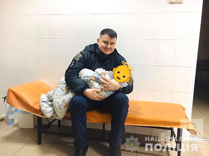 У Корюківці мати залишила вдома самого 11-місячного хлопчика
