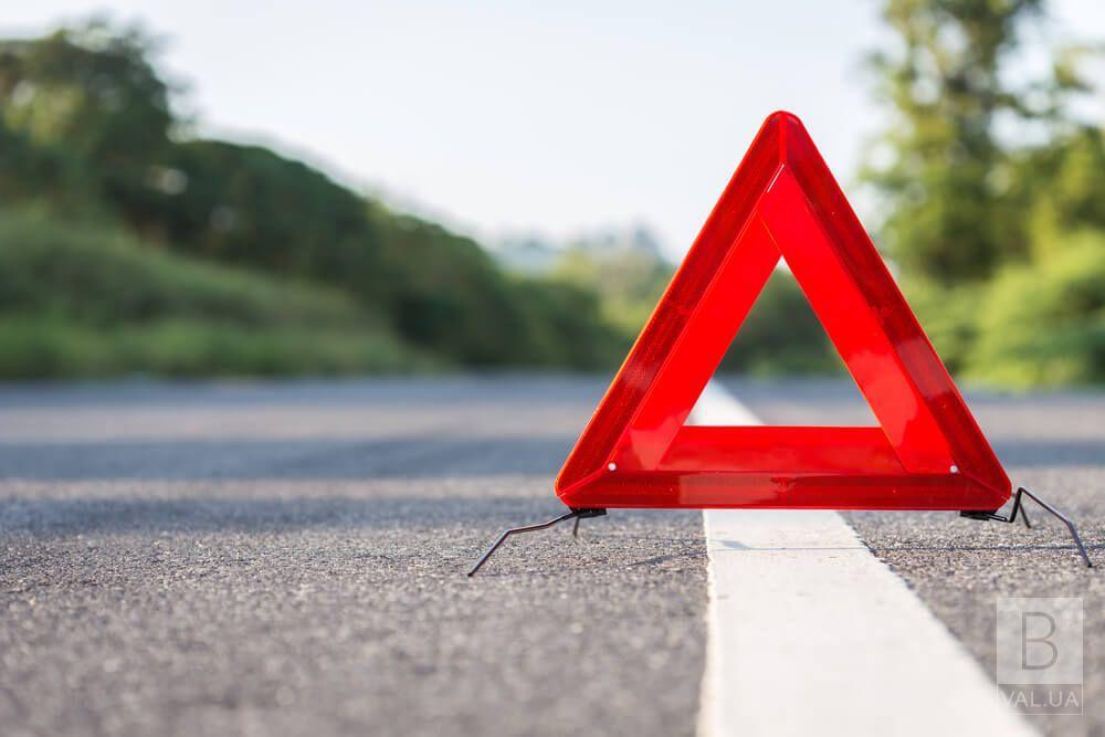 На Чернігівщині у ДТП травмувалися водій та пасажир мопеду