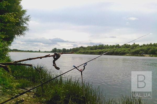 Рибалити можна: на Чернігівщині скасували нерестову заборону