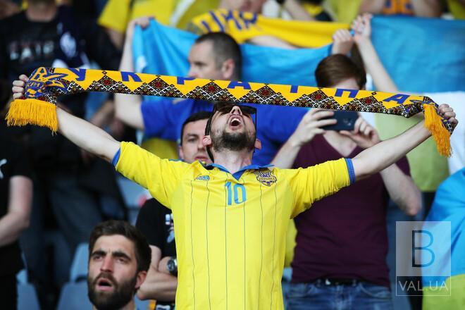 У центрі Ніжина транслюватимуть футбольний матч «Україна-Англія»