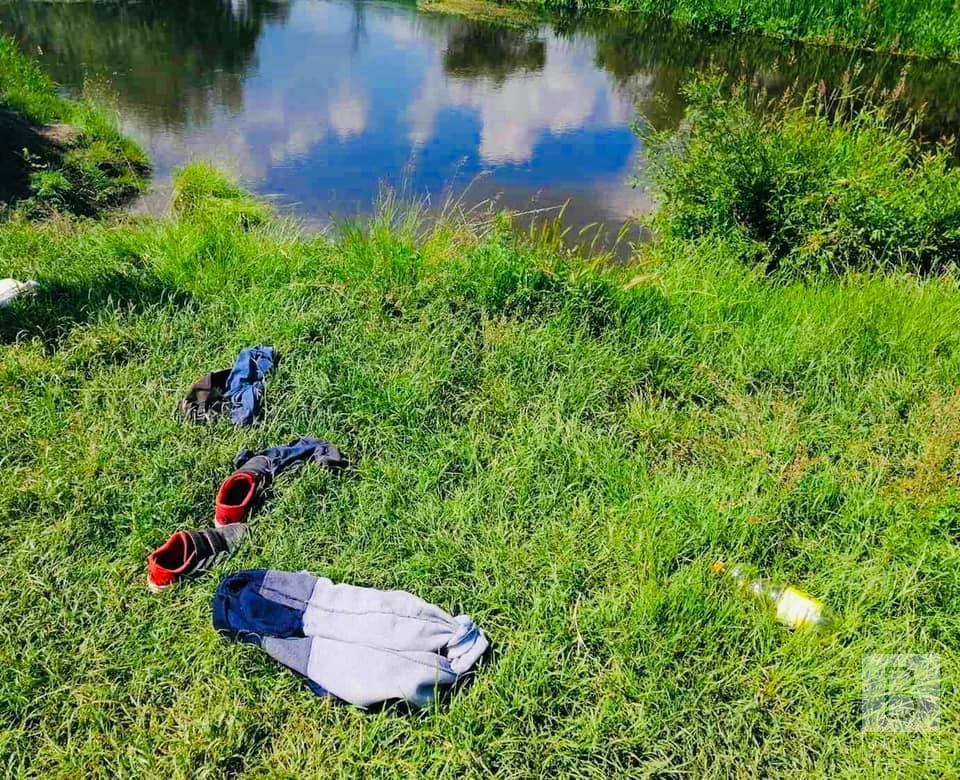 На Чернігівщині з води дістали тіла двох потопельників