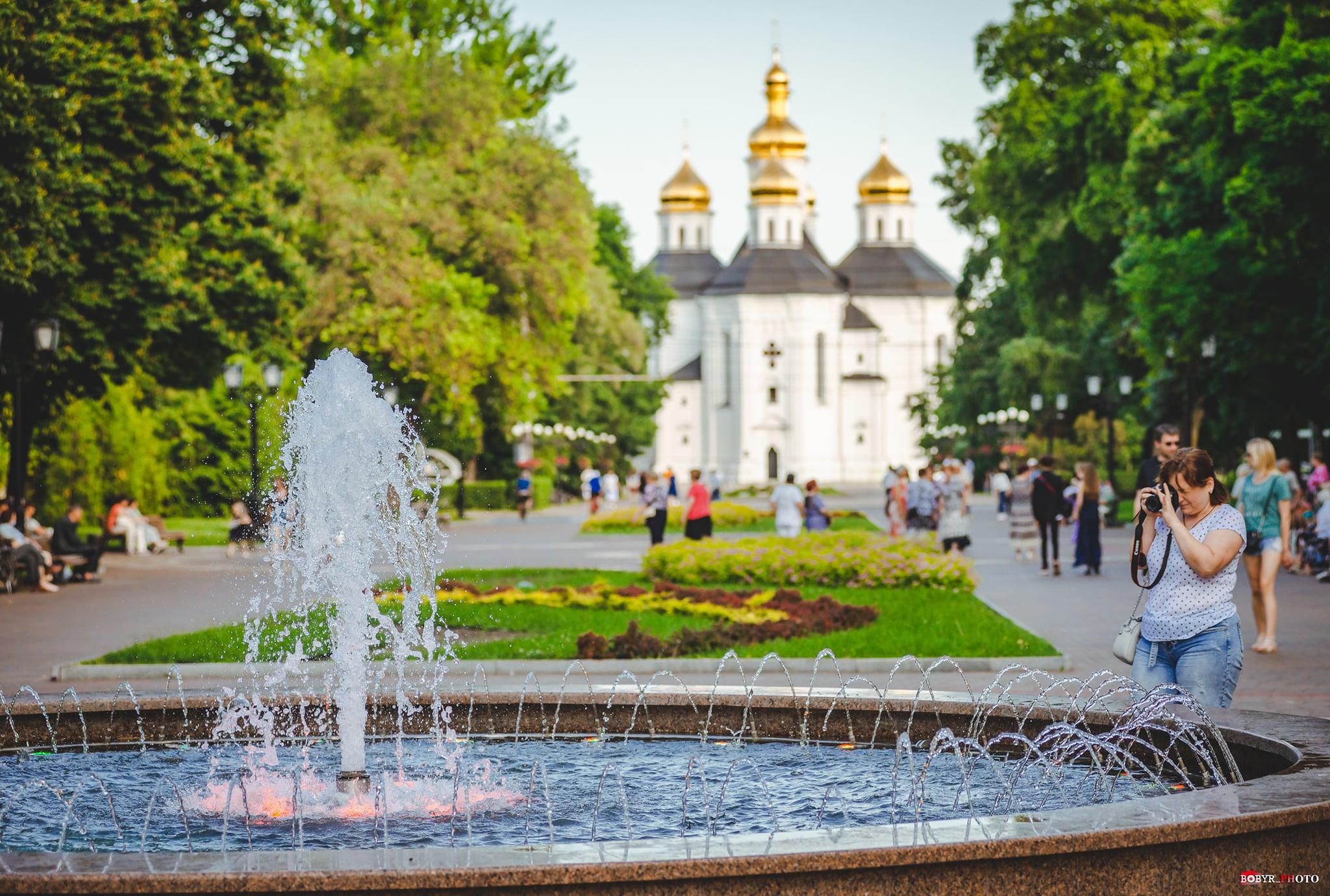 Через спеку у Чернігові збільшили час роботи міських фонтанів