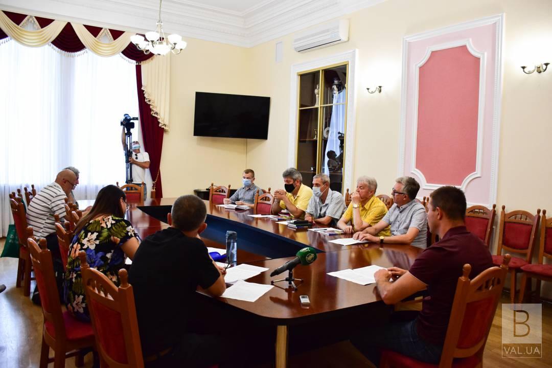 У Чернігові планують встановити пам'ятник Левка Лук'яненка в одноіменному сквері