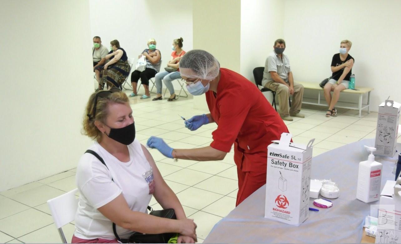 На Чернігівщині працює 12 центрів вакцинації