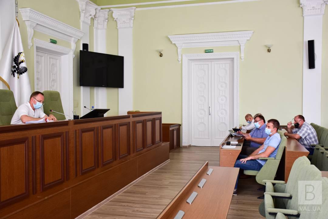 Влада Чернігова виділила пожежникам 3 тонни пального з резерву