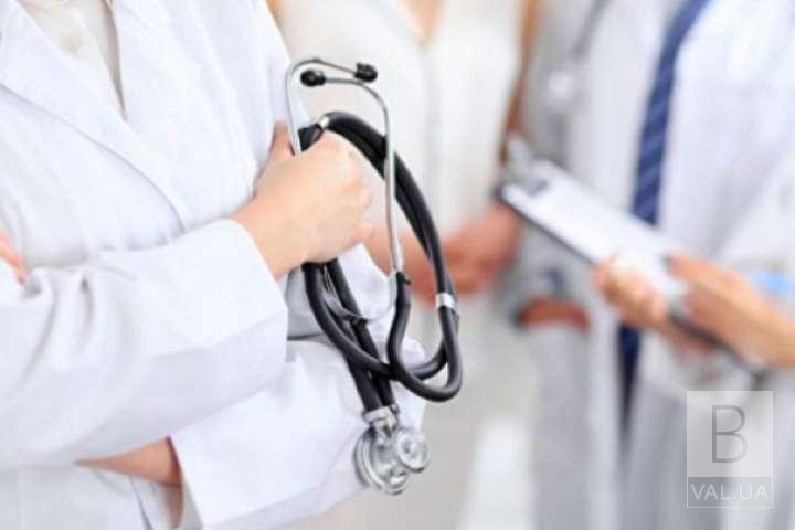 Скільки у Чернігові заробляють лікарі та медсестри: оприлюднили офіційні дані