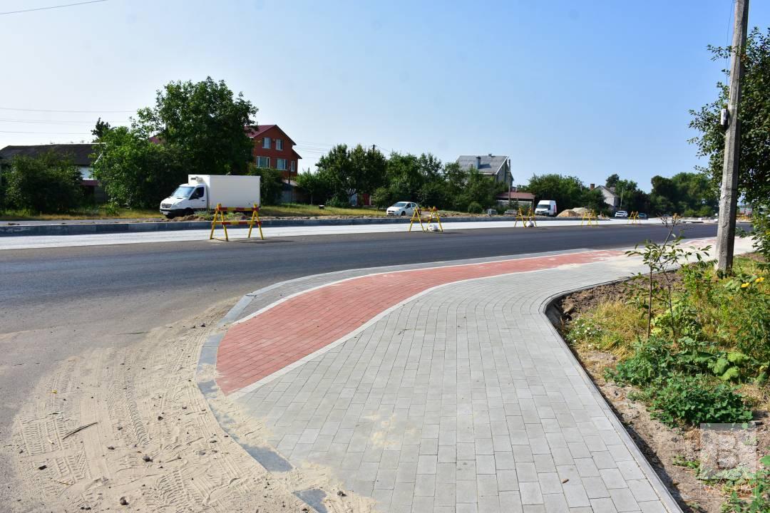 У Чернігові цього року відновлять близько 50 тисяч квадратних метрів тротуарів