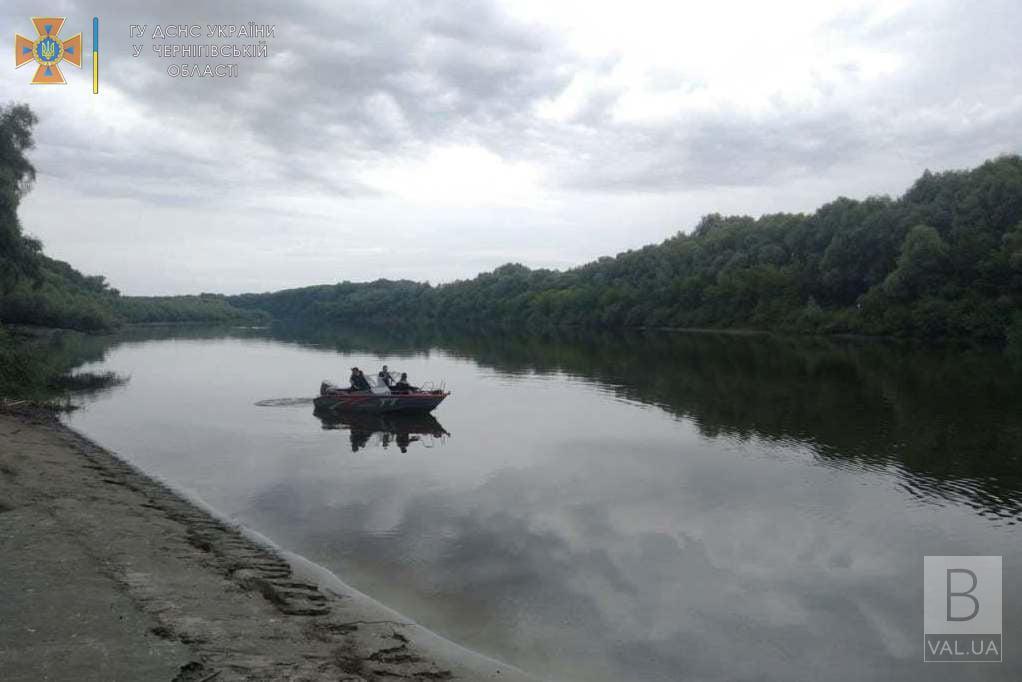 На Чернігівщині в Десні знайшли тіло 10-річної дівчинки, яка потонула два дні тому. ФОТО