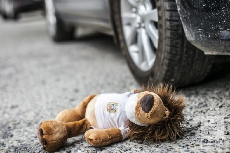 Неподалік Болдиних гір автомобіль «AUDI Q7» збив 4-річну дитину на пішохідному переході