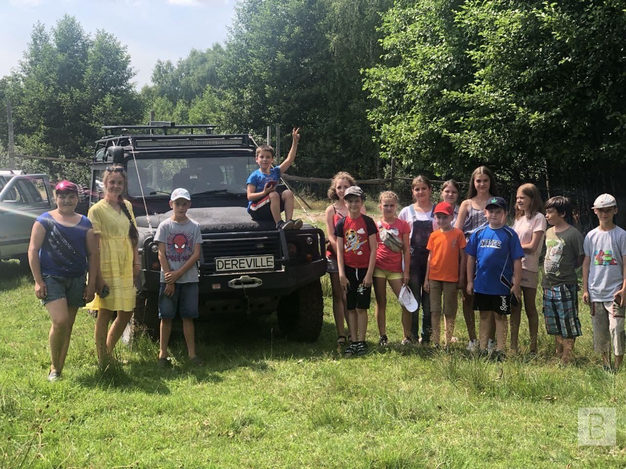 Депутат від «Нашого краю» організував екскурсію для школярів в екопарк на Чернігівщині