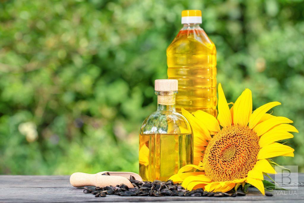 Ціни рекордні, але це не межа: експерти прогнозують здорожчання соняшникової олії